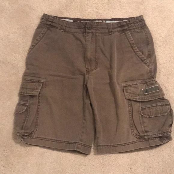521d9ab1b0 Palm vintage Union Bay brown cargo shorts 34. M_5b40119f03087cdec4e64f8f